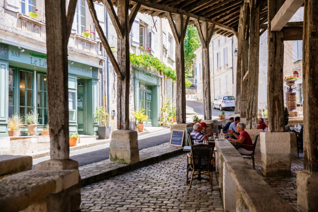 Restaurant sous les halles de Villebois