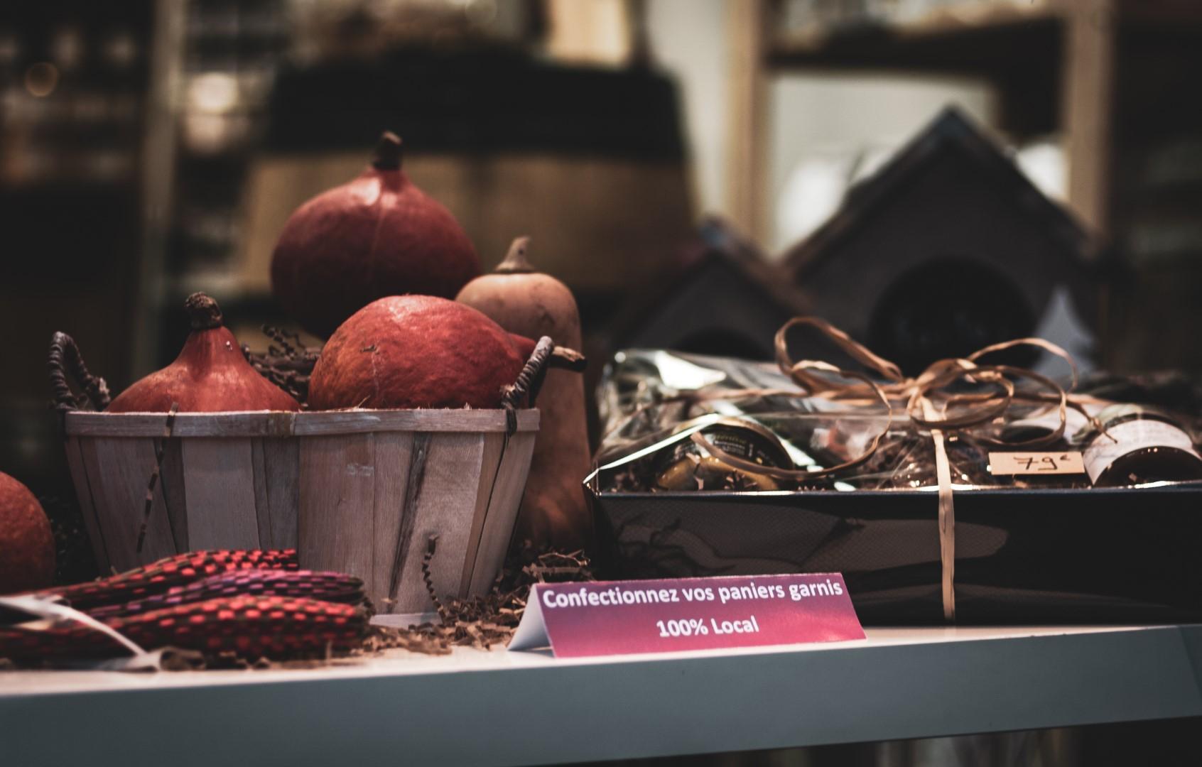 Confection de paniers comptoir Sud Charentais