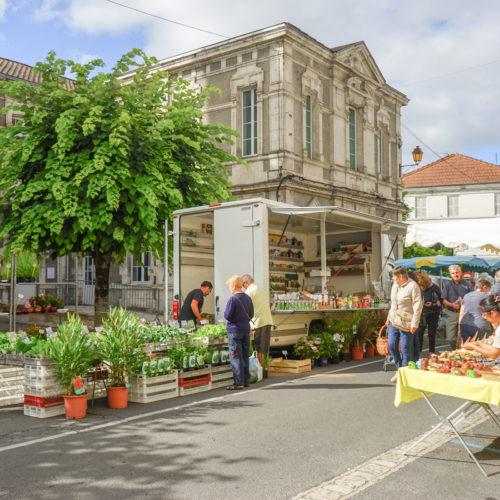 Marché de Chalais