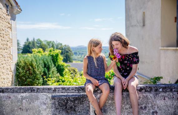 Enfants à Aubeterre en Sud Charente