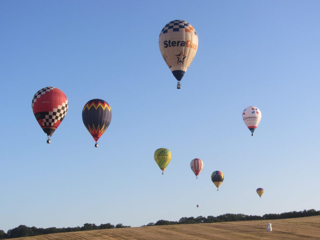 Vol en montgolfières à Mainfonds
