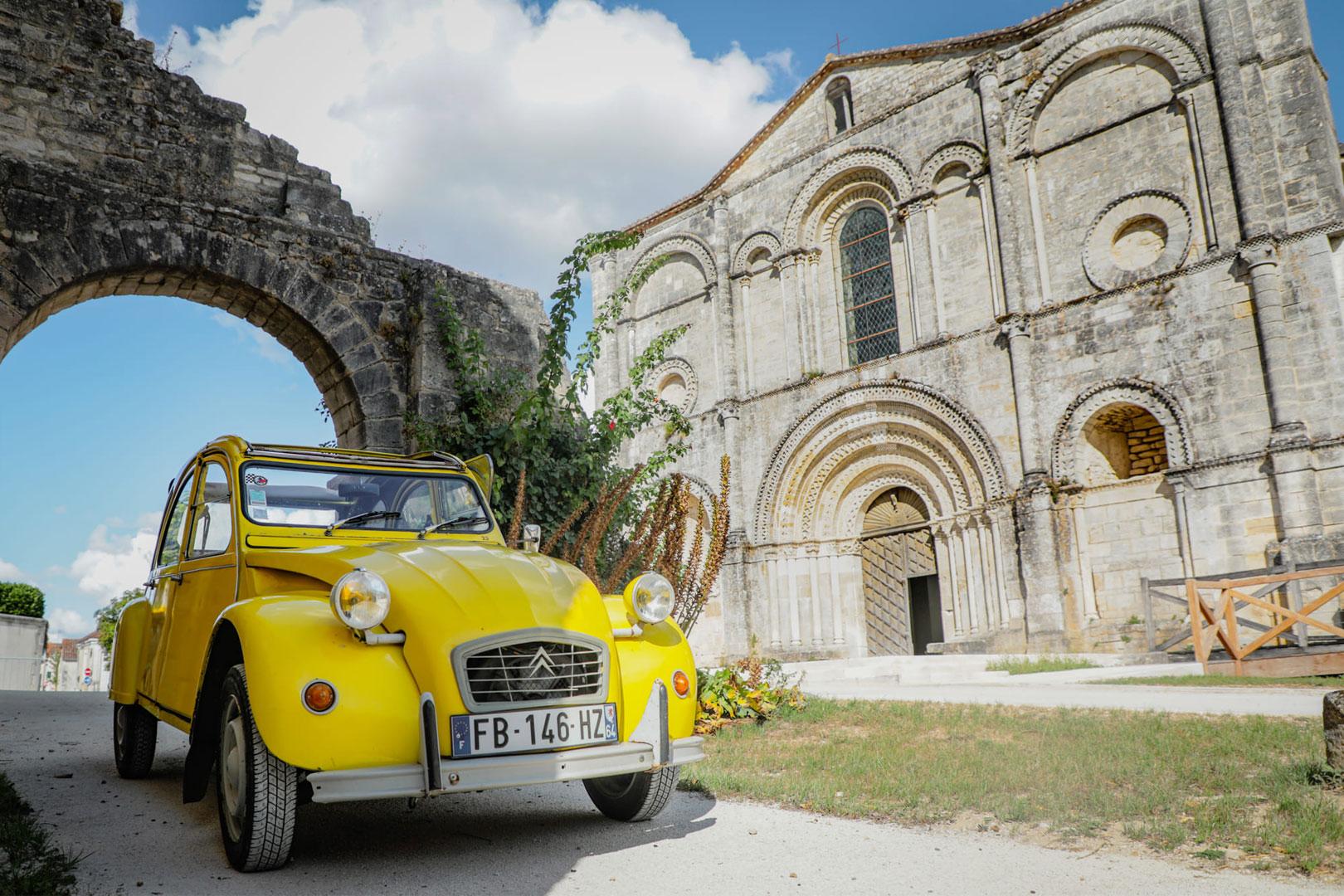 La Charente en Deuch et Abbaye St Amant de Boixe